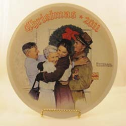 Home for Christmas collector plate by Norman Rockwell